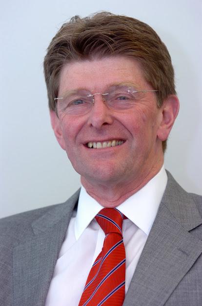 P&G's trichologist, Dr John Gray.