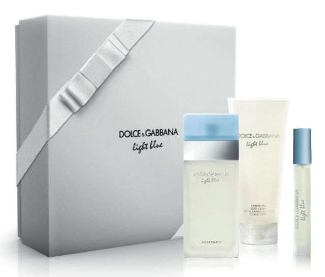 Light Blue gift set containing a 100ml EDT, 100ml body cream and 7,4ml roller ball EDT for R1 330.