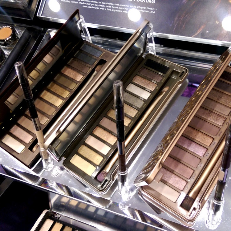 Naked palettes hungry for your lovin'...