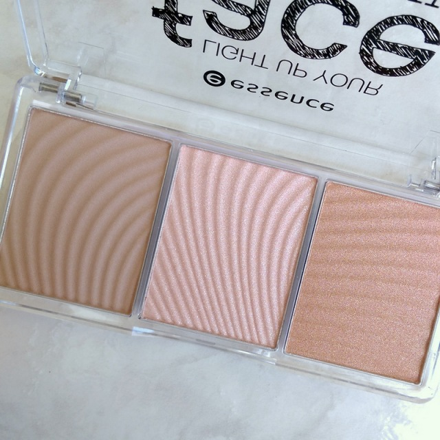 This'll be a winning stocking stuffer for anyone who loves their highlighters.