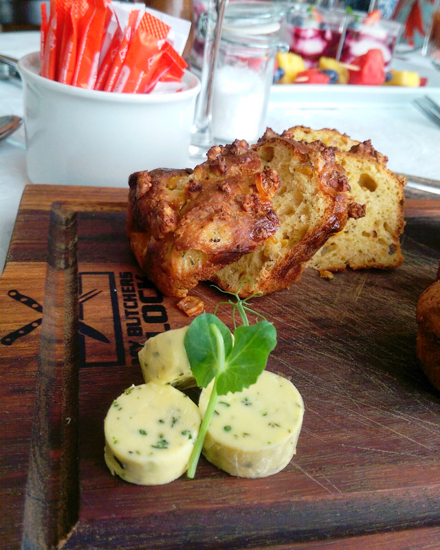 ...this corn bread with herbed butter was a flippin' show stopper!