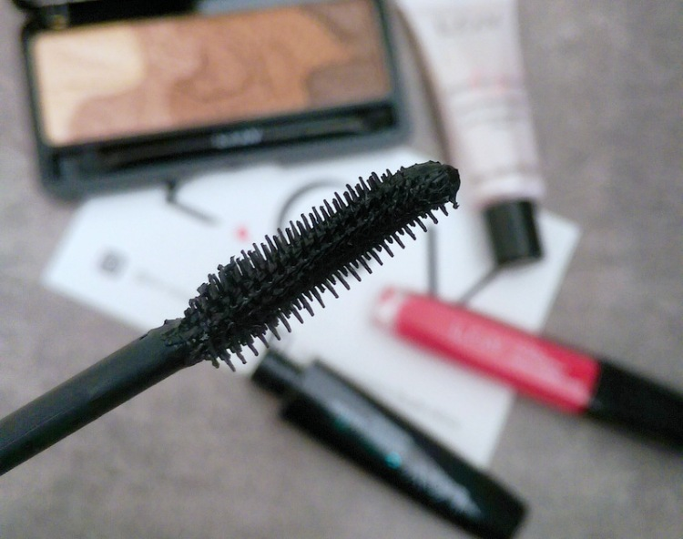 Short li'l bristles perfectly spaced = yes please!
