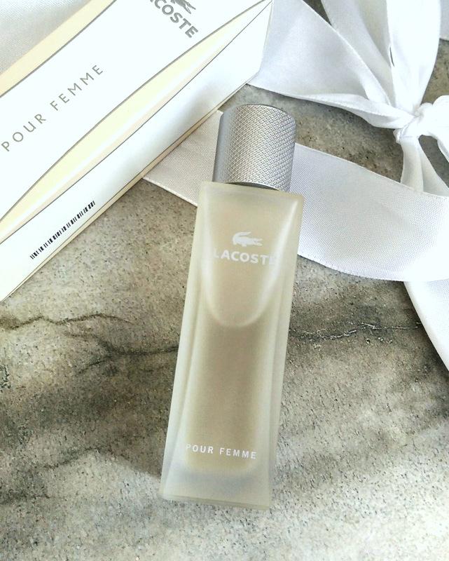 Fragrance reviews  Lacoste Pour Femme Legere 7b5c439837434