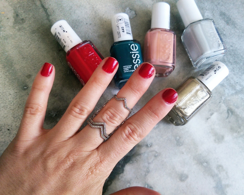 Review: 'Getting Groovy' with Essie's new winter collection (I'll be rocking Party On A Platform all winter long)