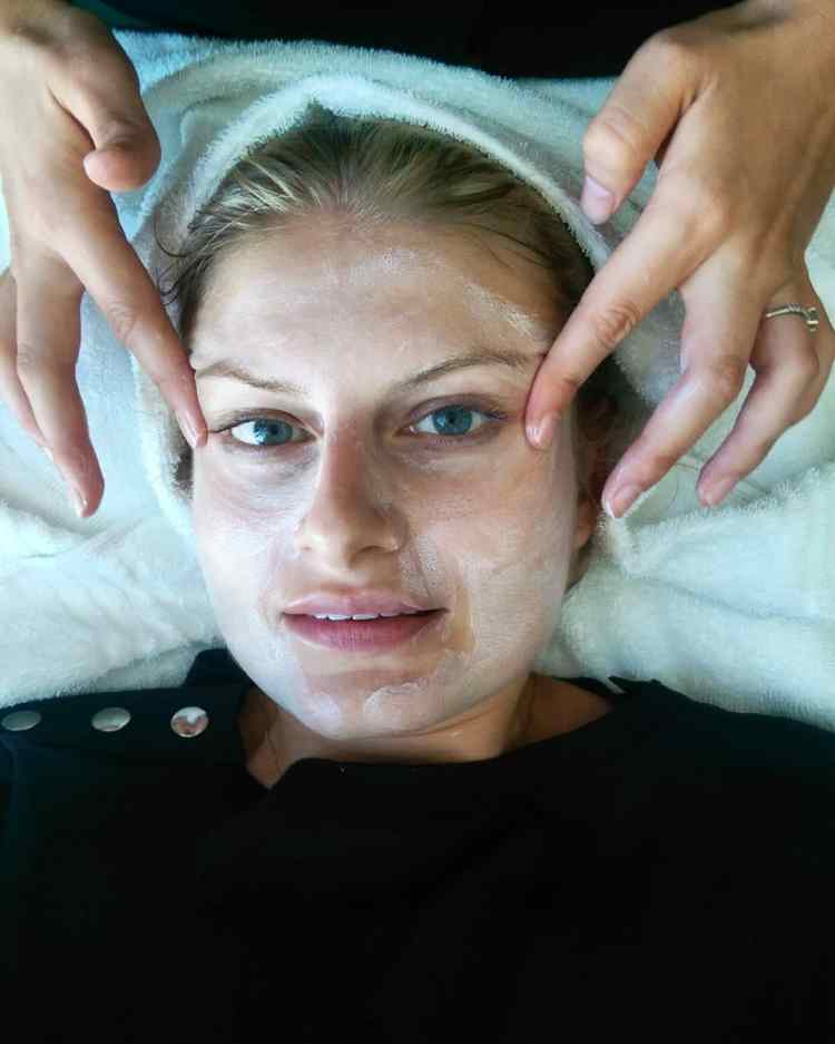 Review: DermaSix micro-needling collagen induction facial at